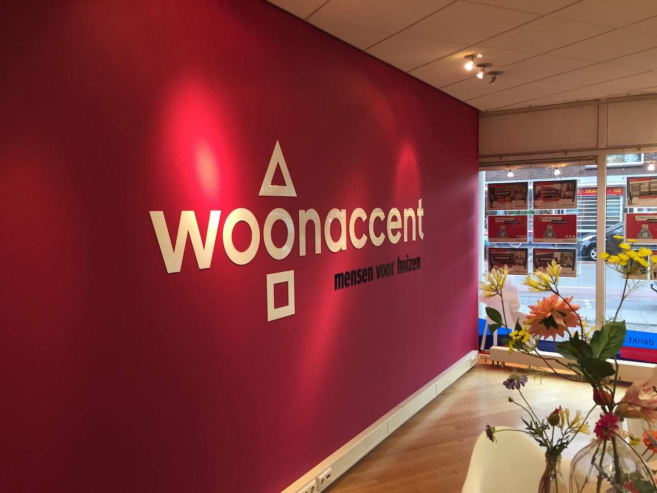 woonaccent makelaars huisstijl